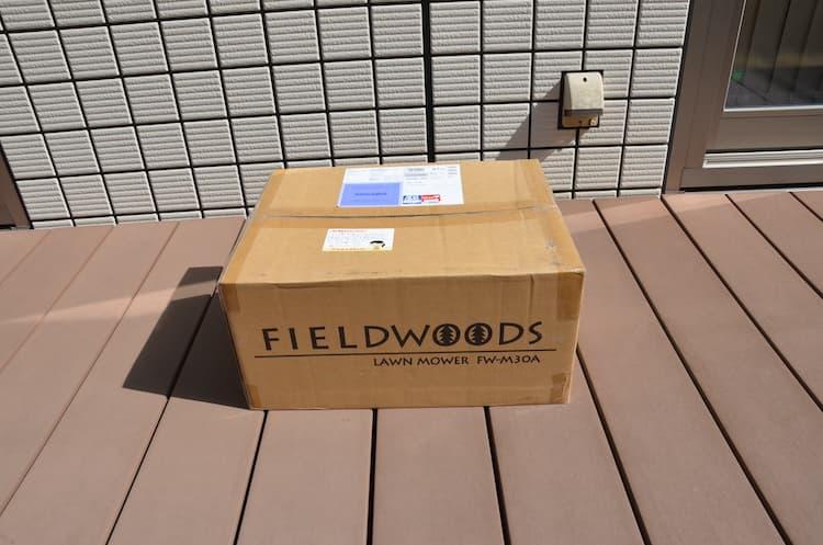 フィールドウッズ手動式芝刈り機 FW-M30Aが届いたところ